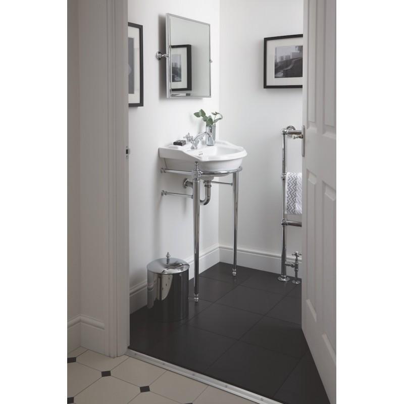 OPÉRATION petit lavabo dans le sol