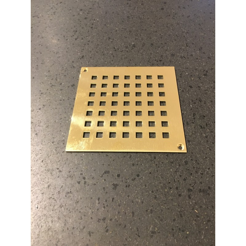 Grate in gold