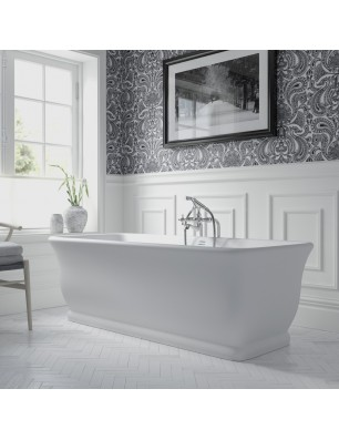 Mortlake bathtub