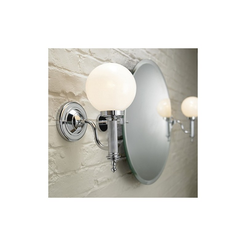 Cadiz wall light